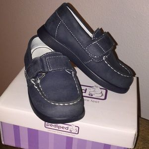 Pediped super cute navy boy loafers 👞